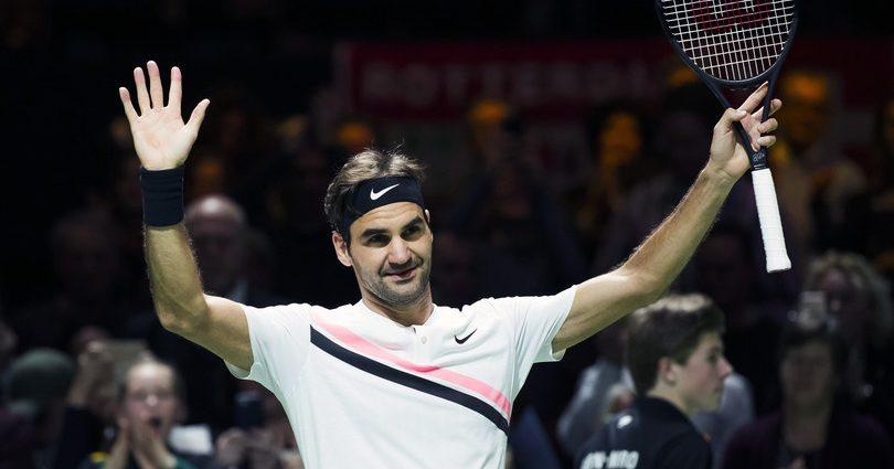 Federer operato al ginocchio