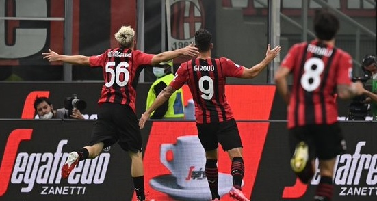 Grande festa al Milan con la doppietta di Giroud