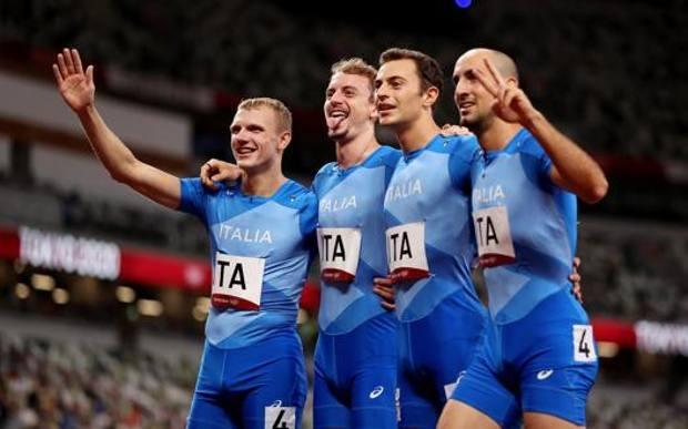 Record italiano per l'atletica della 4x400
