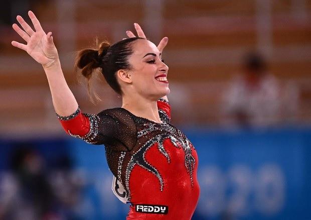 Nessun ritiro per la ginnasta Vanessa Ferrari
